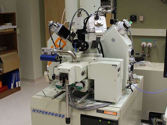 JEOL JXA-8530F field emission electron microprobe analyzer (EMPA)