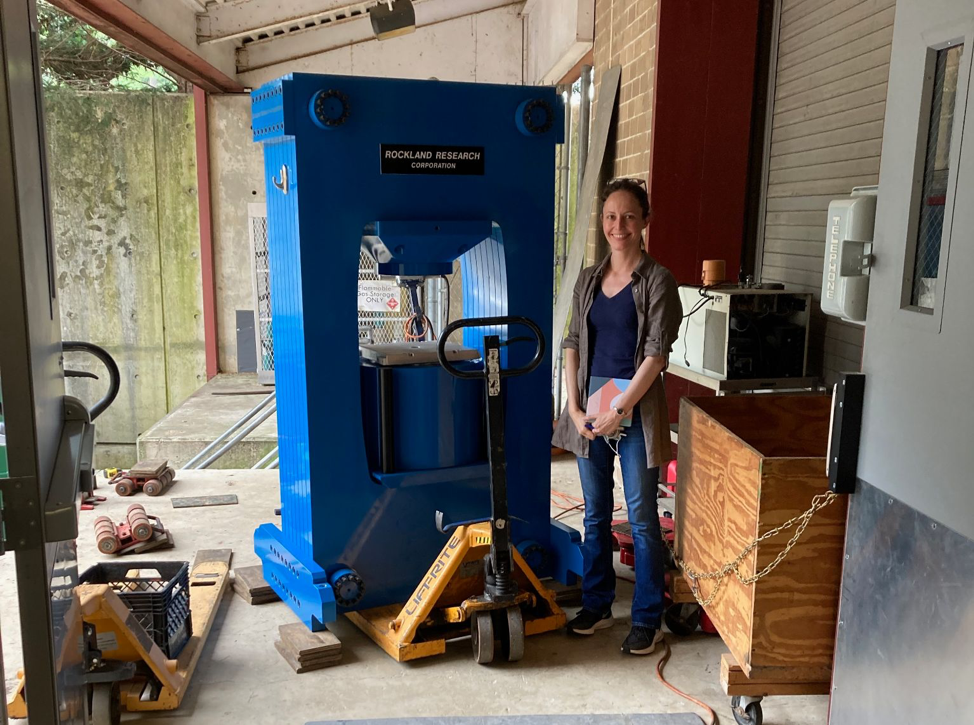 After a cross-country journey from San Diego to Anne Pommier's new lab in Washington, D.C., the Earth and Planets Laboratory has new presses with the ability to measure a material's electrical conductivity under the high pressures of planetary interiors.